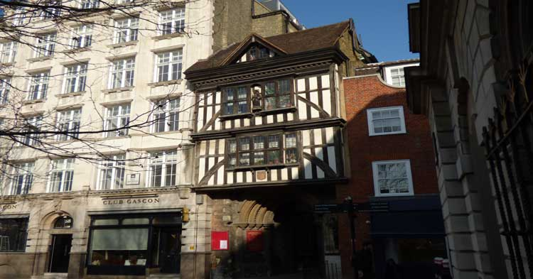 The old Tudor gatehouse that features on the St Paul's Treasure Hunt