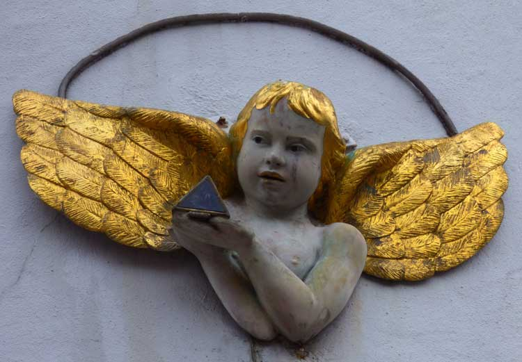 A cherub on one of the walls in docklands.