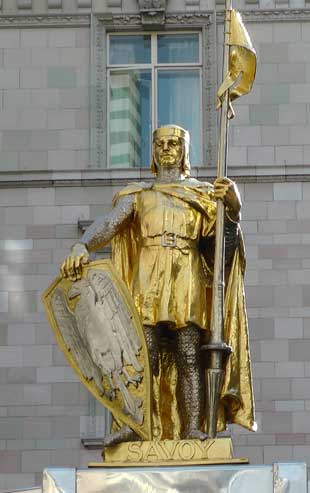 The statue of John of Gaunt outside the Savoy Hotel.